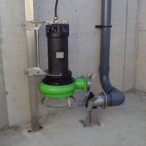 Installation C mit Tauchmotorpumpe