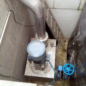 Aufbau ER4-Pumpe mit Sammelkasten am Behälter