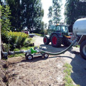 Foto vom Einsatz der ER3-E LF-Pumpe zur Faßbefüllung
